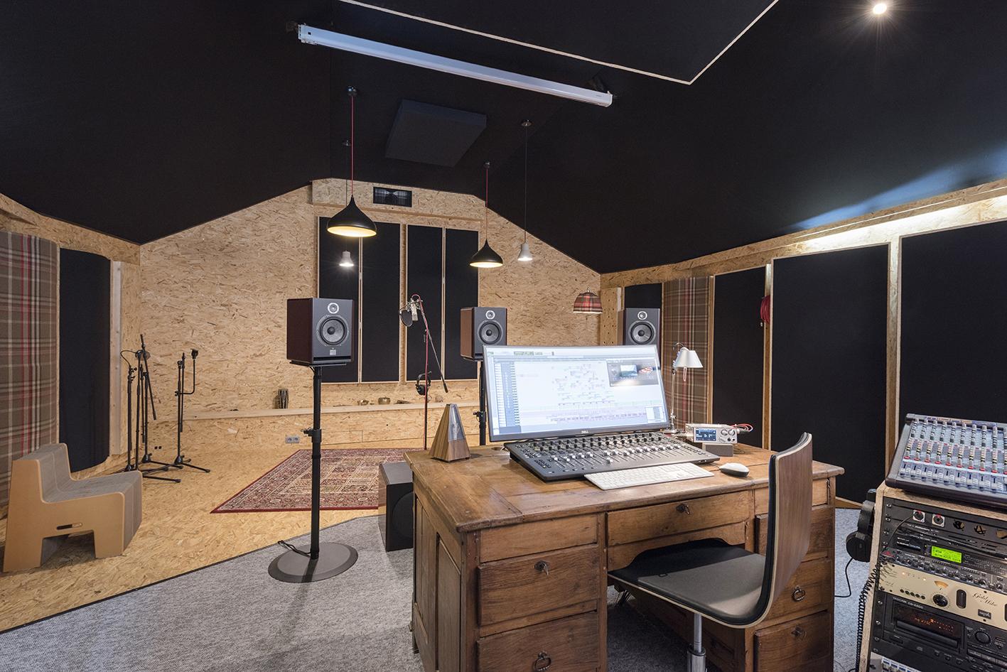 Linda-Aydostian-Studio-Mazet-05