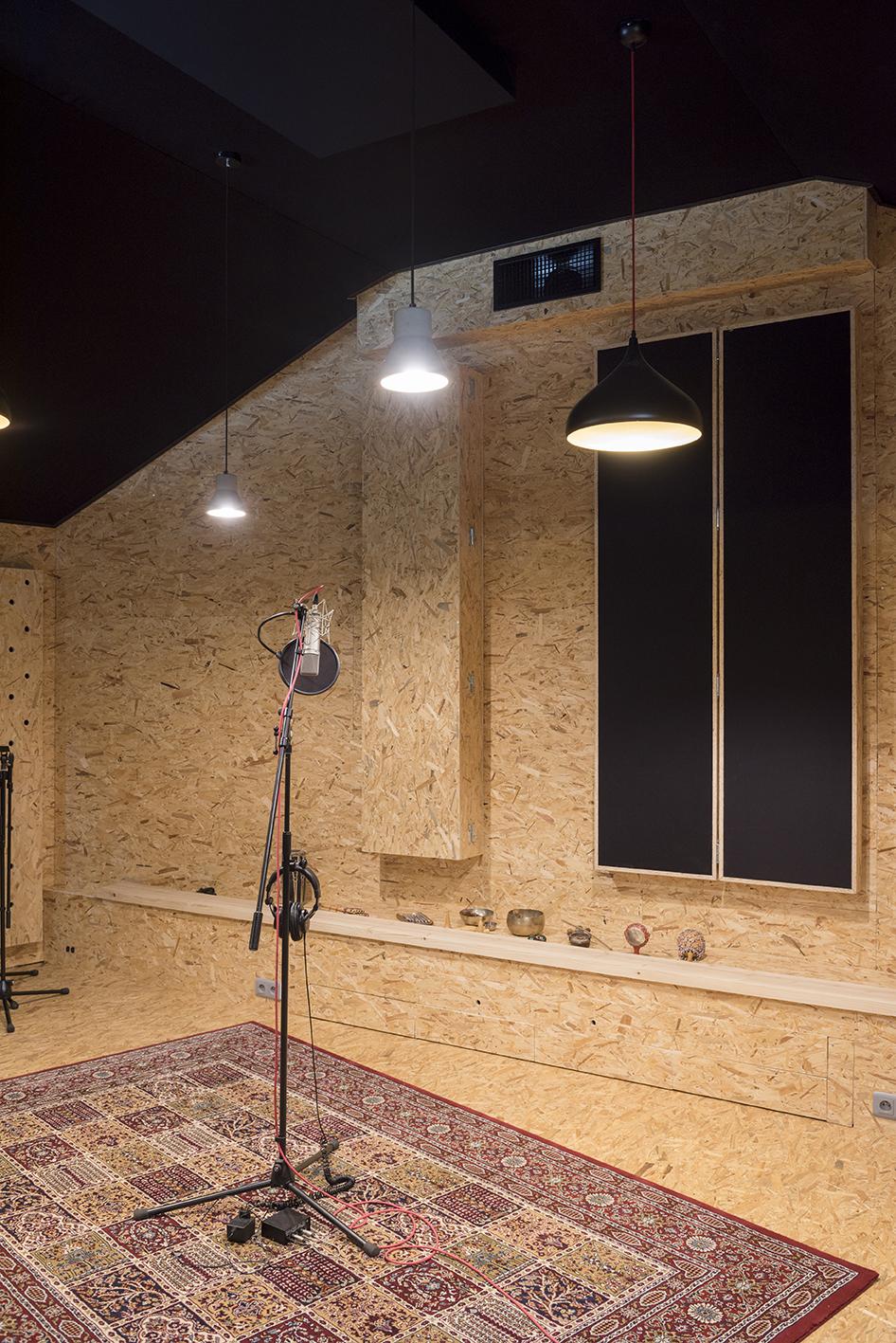 Linda-Aydostian-Studio-Mazet-19