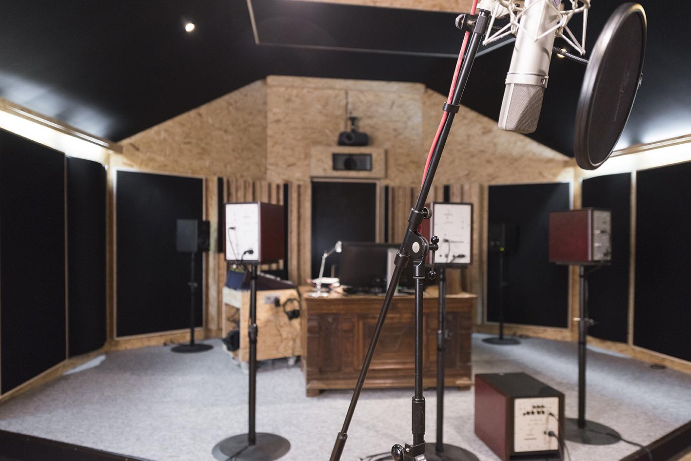Linda-Aydostian-Studio-Mazet-32