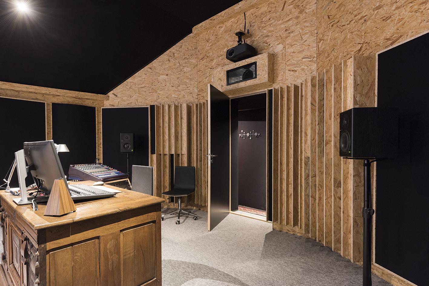 Linda-Aydostian-Studio-Mazet-48