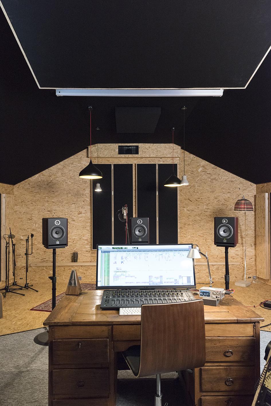 Linda-Aydostian-Studio-Mazet-52
